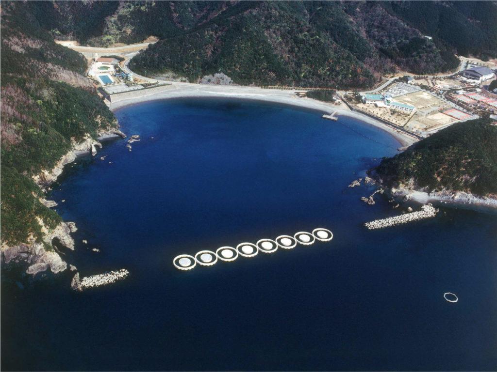 長島港二重円筒ケーソン製作工事
