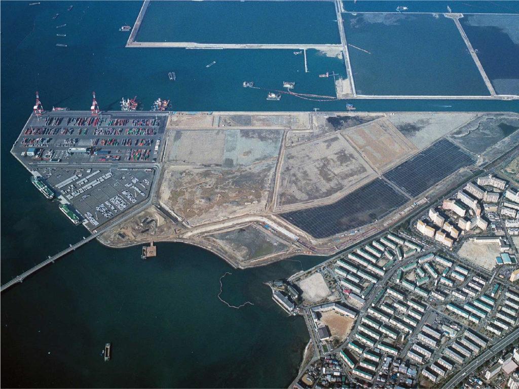博多香椎パークポート護岸築造工事